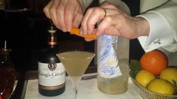 Dukes Hotel London Mayfair Gracie Opulanza Martini Bar (3)