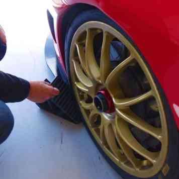 Silverstone 2017 Ferrari Track Day Gracie Opulanza MenStyleFashion (4)