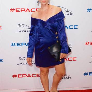 Singer-Femme-on-the-red-carpet-at-the-all-new-Jaguar-E-PACE-reveal