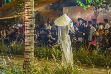 Hoi An Vietnam Fashion Show December 2017 (11)