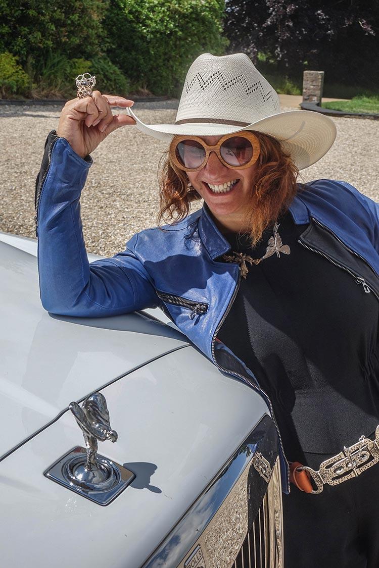Rolls Royce Cullinan SUV MenStyleFashion 2019 Artic White United Kingdom (5) Gracie Opulanza Fashion