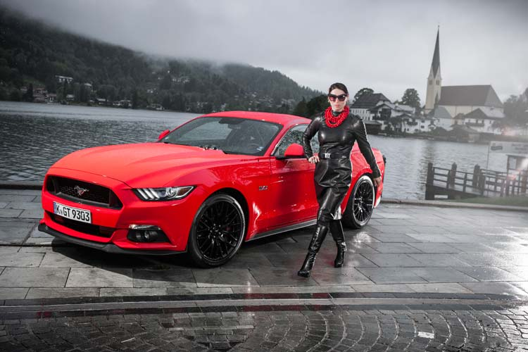 Ford Mustang GT V8 Gracie Opulanza fendi, leather dress 2015 (8)
