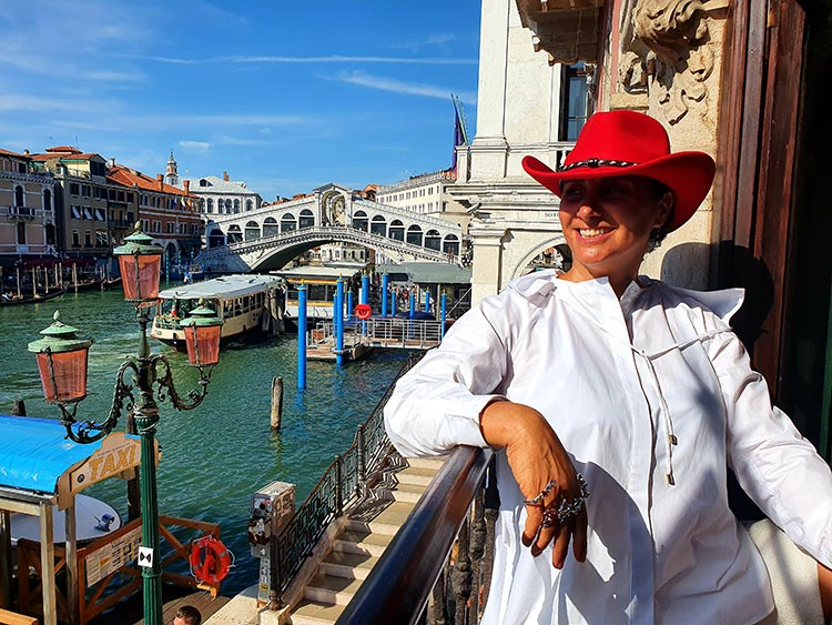 Stetson Europe - Amasa Vitafelt Red Hat Gracie Opulanza 2020 venice Italy summer (2)