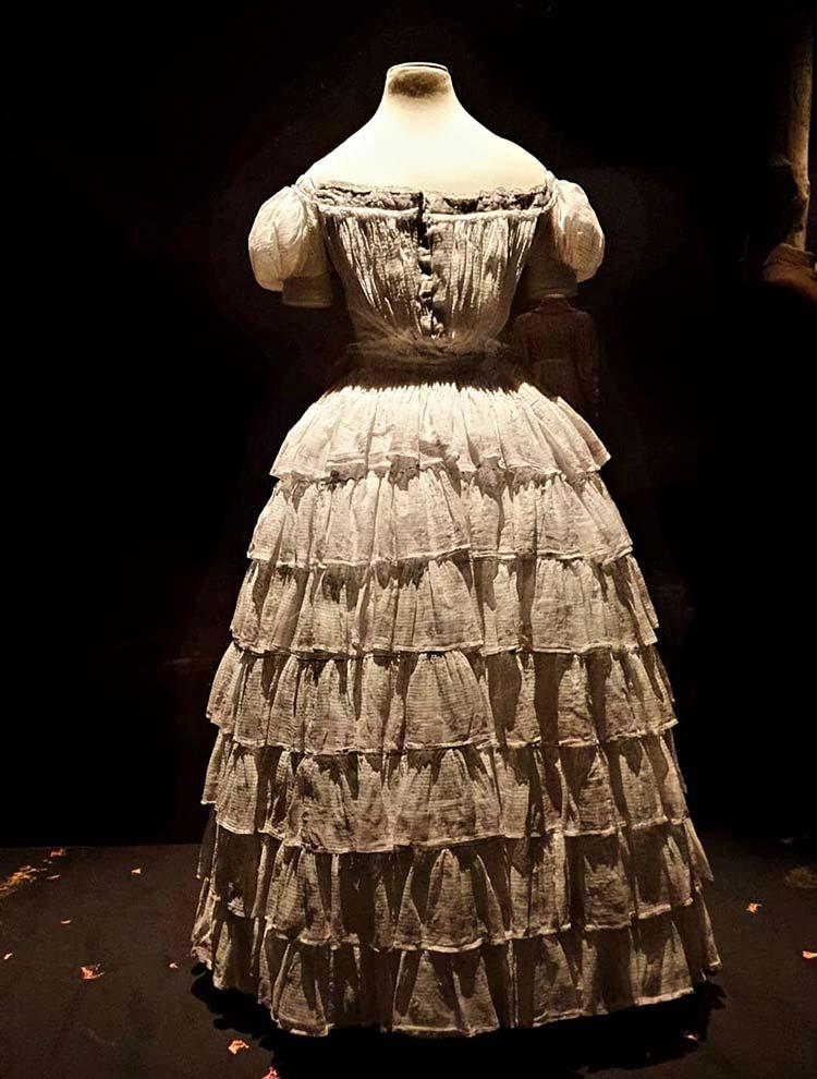 vintage deep frill dress