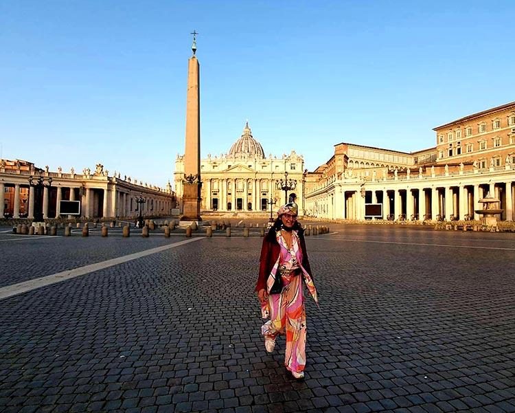 Vatican city Pucci vintage print Gracie Opulanza 2021