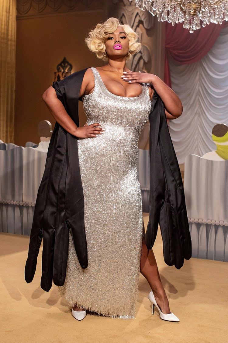 Moschino 2021 fat black lady