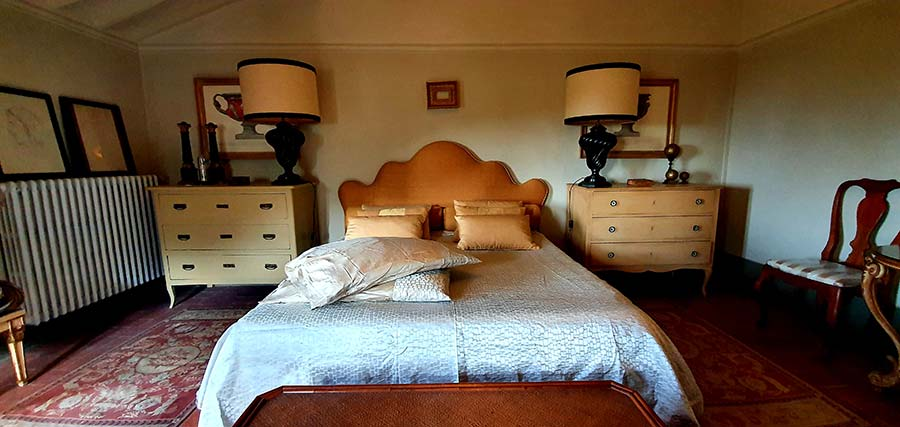 bedroom interior design Tuscany