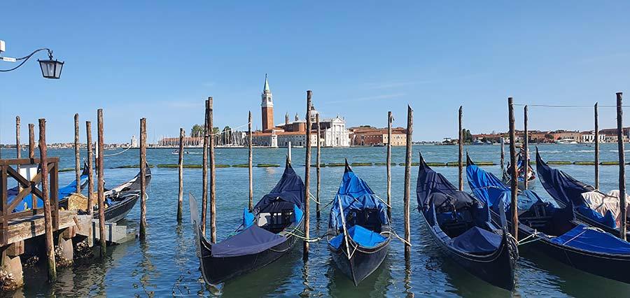 Gondola Style venice 2021 Italy Gracie Opulanza Venezia (15)