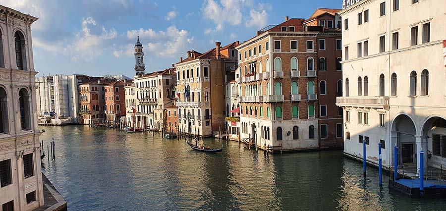 Gondola Style venice 2021 Italy Gracie Opulanza Venezia (8)