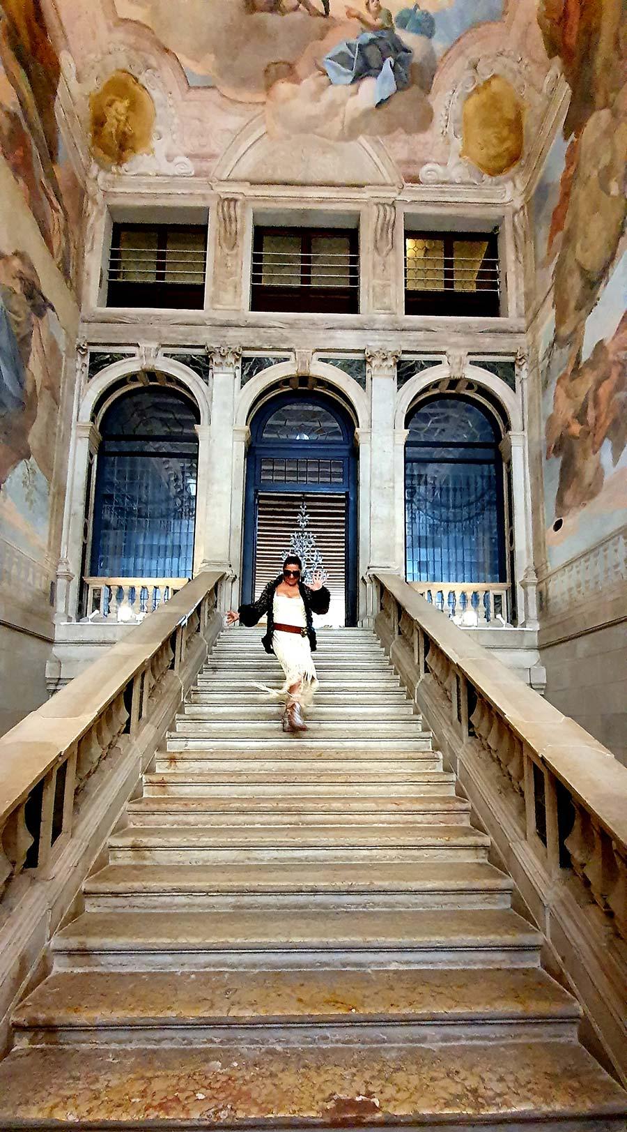 Ca' Sagredo Hotel Stair case gracie opulanza