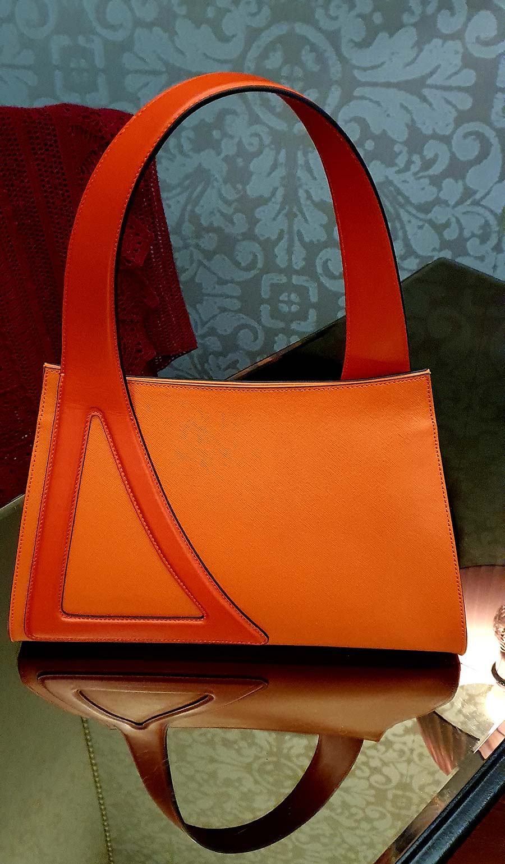 Aragosta Michele Da Fina Venice luxury leather one handle bag orange (2)