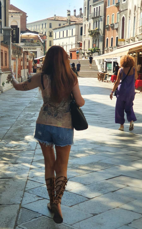 Denim Shorts Style Tips