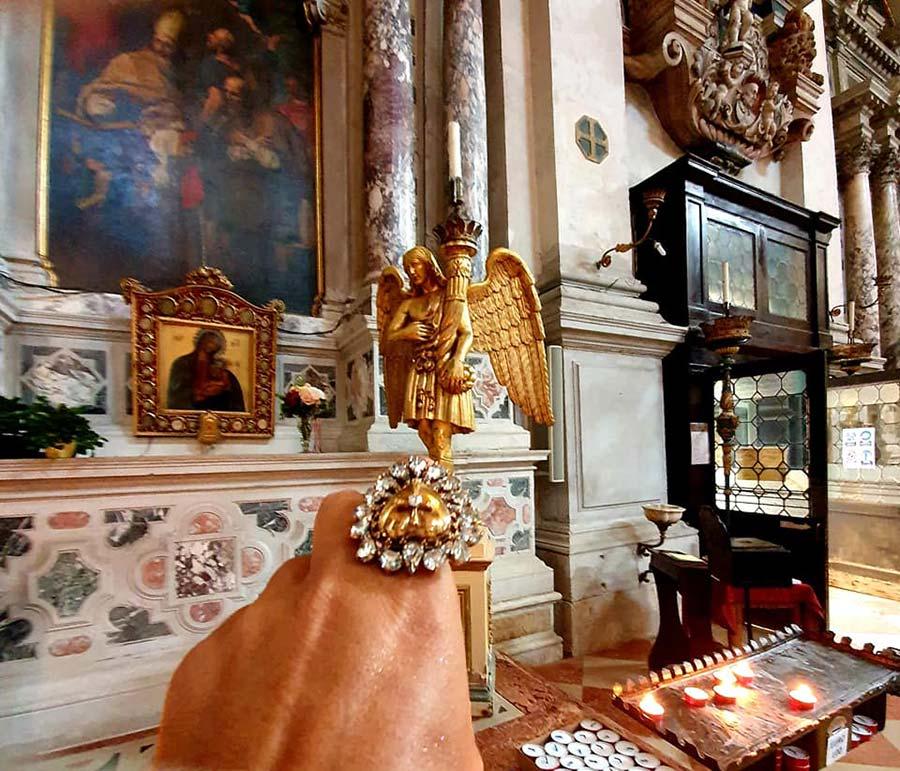 Dolce & Gabbana Ring Inspired Heart