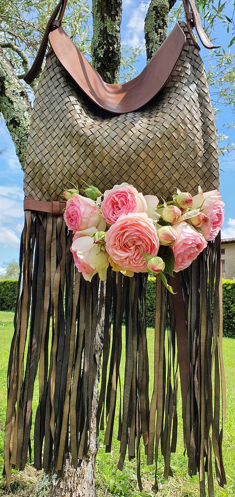 Olive green weaving bag made in Italy roses