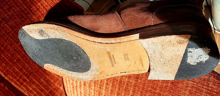 Dolcegabbana suede boots made in italy (2)
