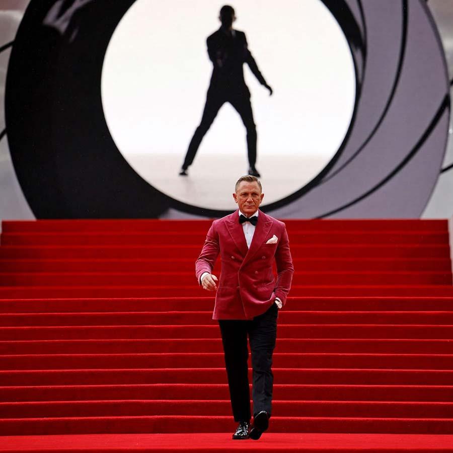 Daniel-Craig-No-Time-To-Die-2021