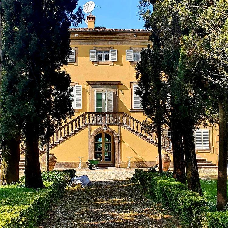 tuscany real estate for sale villa