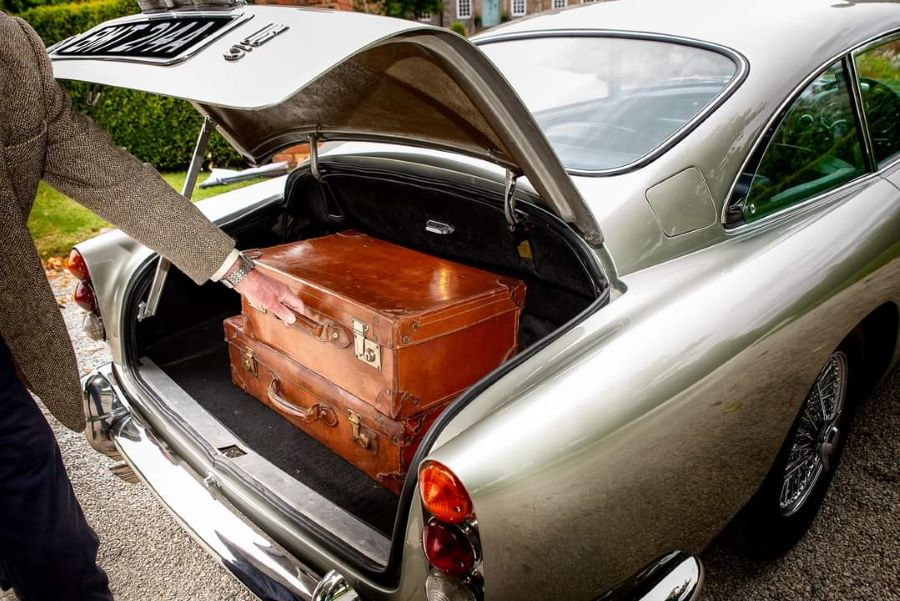 Aston Martin classic car james bond no time to die leather vintage suitcases (6)