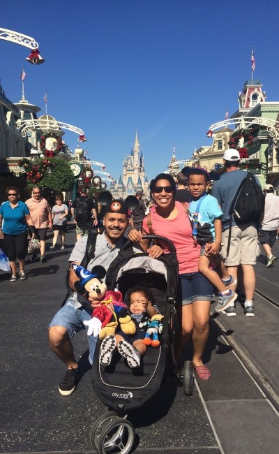 Family Vacation: Hello from Disney!