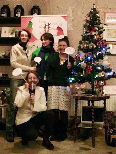 Cu Revista Atelierul la împodobirea pomului de crăciun