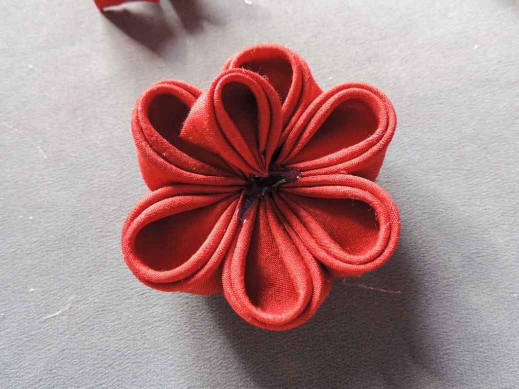 Tutorial bujori - flori kanzashi - pasul-13