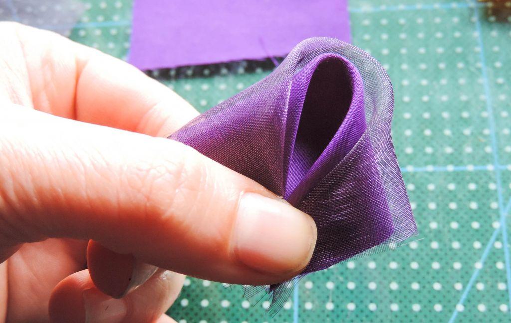 Petala dubla 2 - Tutorial floare de iris matase organza