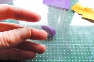 Iris flower tutorial - making the pointy petals 4