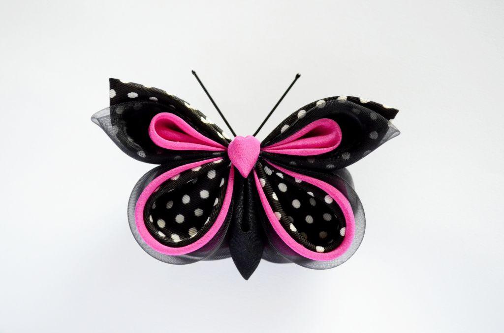 Fluture buline negru roz