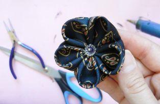 Fabric flower tutorial - Cherry blossom 17