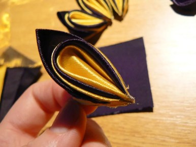 Tutorial satin and organza butterfly - finishing body