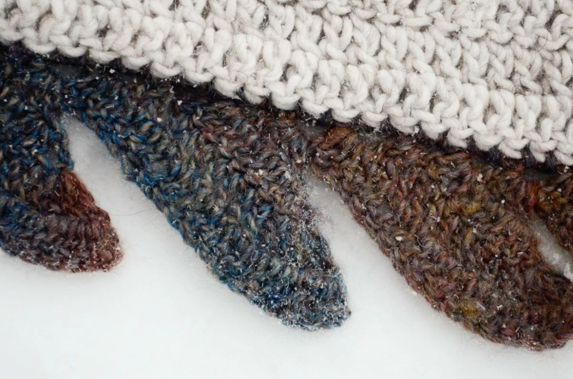 In flames Crochet Crescent Shawl 16
