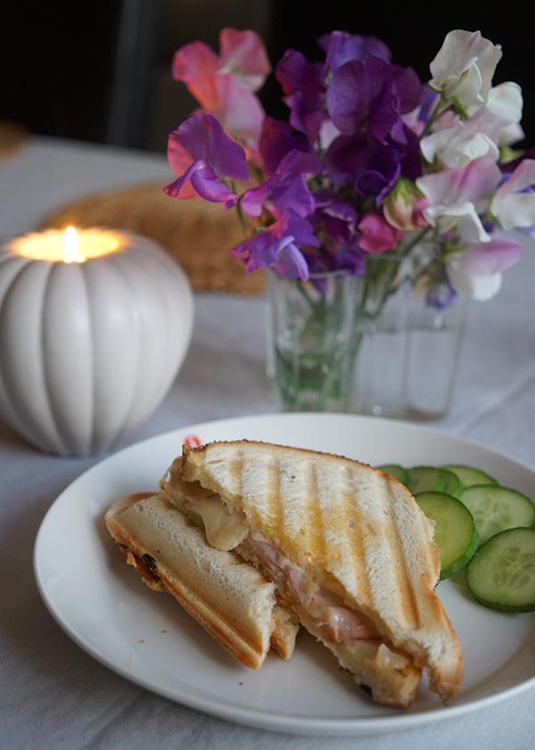 Toast med orientdressing - Gradinskan.se