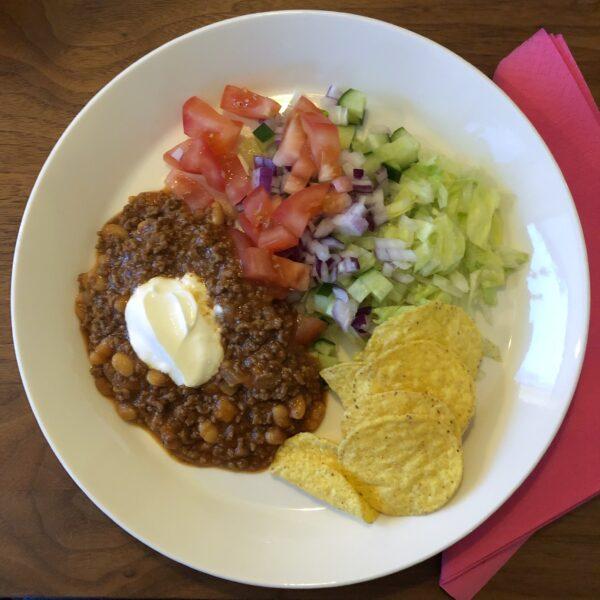 Smarrig chili con carne med tacosmak