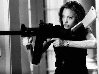 Angelina Jolie in Mr. and Mrs. Smith