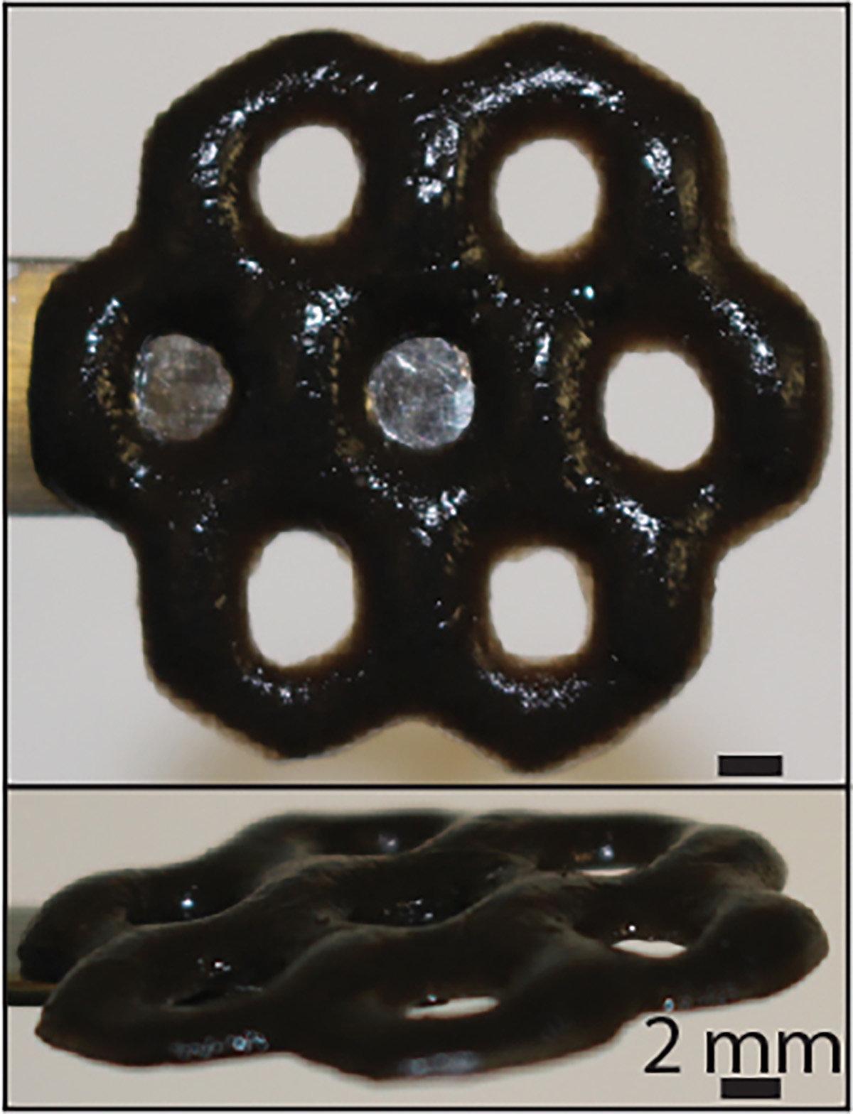 Investigadores de la Universidad de Brown han creado un material híbrido a partir de alginato derivado de algas y el nanomaterial óxido de grafeno. El material es extremadamente repelente al aceite, lo que se puede utilizar como un revestimiento antiincrustante duradero. Crédito: Wong Lab / Brown University Read more at: https://phys.org/news/2018-11-smart-material-potential-biomedical-environmental.html#jCp