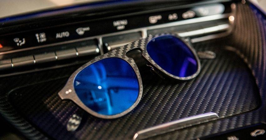 ¿Qué gafas de sol te favorecen más según la forma de tu cara?