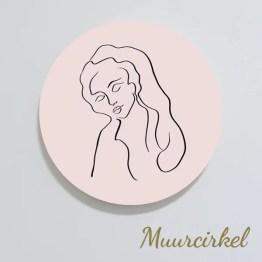 Muurcirkel woman