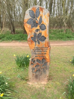 Memorial to M4 traffic accident in 2011