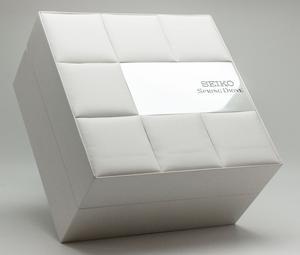 Seiko-Spring-Drive-5R65-Box
