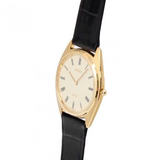 Seiko celebrated their 110th anniversary with this ultra-thin hand-wound watch