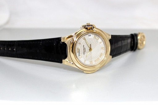 This unusual sculpted Patek Philippe Calatrava really stands out in that 85 year old line