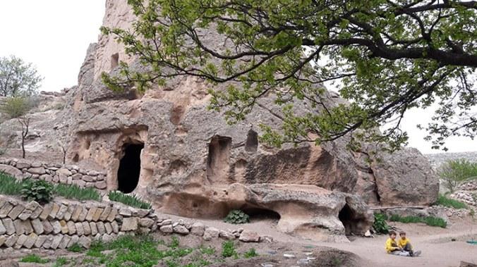 monastere de keslik à côté de soganli en cappadoce turquie