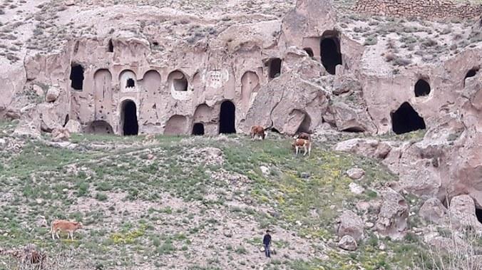 village troglodyte de Soganli en Cappadoce Turquie
