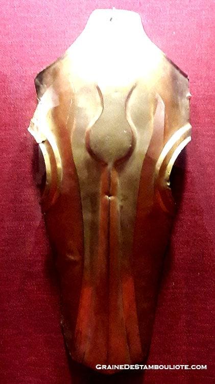 casque de cheval ottoman orné d'une tulipe