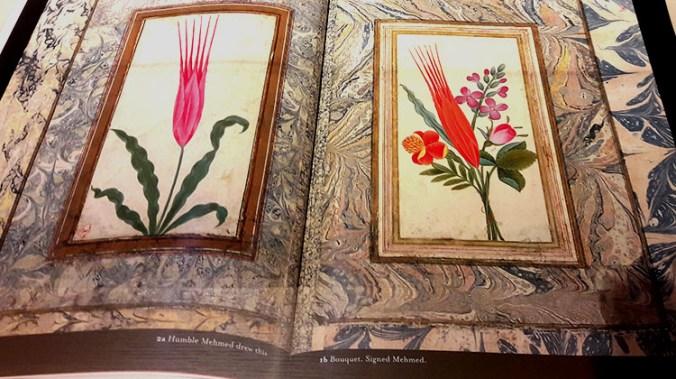 Ebru ou papier marbré, technique ottomane de peinture sur milieu aqueux, représentant des tulipes, réalisées de la main du sultan Ahmet