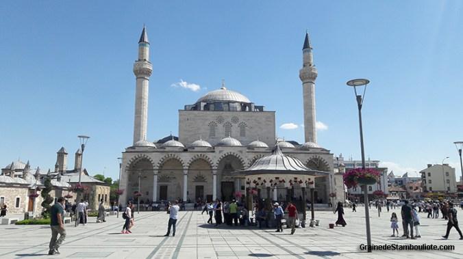 mosquée Selimiye de Konya, près du musée de Mevlana
