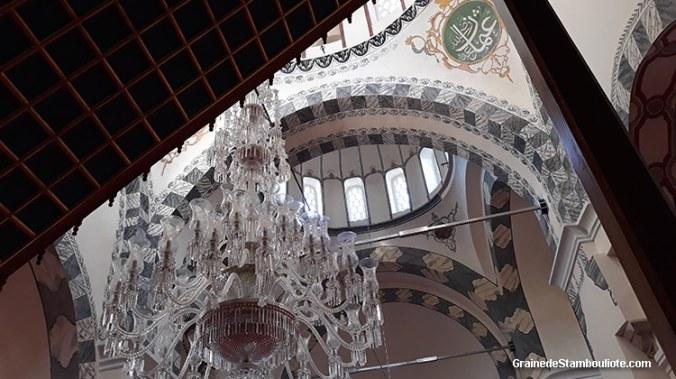 coupoles de chapelle funéraire du monastère du Christ Pantocrator de Constantinople, architecture byzantine, convertie en mosquée du molla Zeyrek à Istanbul