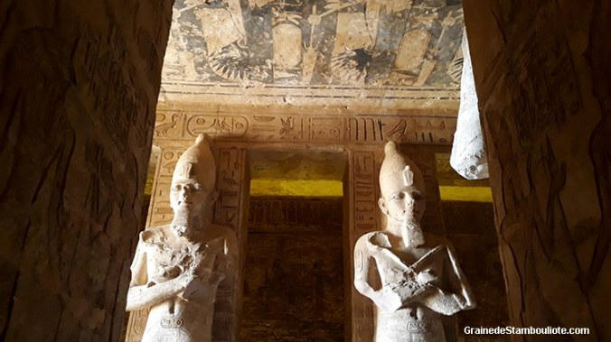 intérieur du temple de Ramses II Abou Simbel Haute Egypte