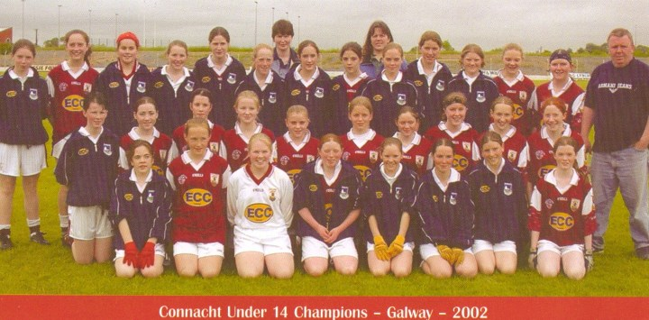 There were two Gráinne Mhaols players in the above squad. Mairéad Coyne is in the back row, third from the right and her twin sister Maire is in the front row, fourth from the right. The Bunowen twins hold the distinction of being the first ever Grainne Mhaols players to win Connacht Championship Winners Medals at inter county level.
