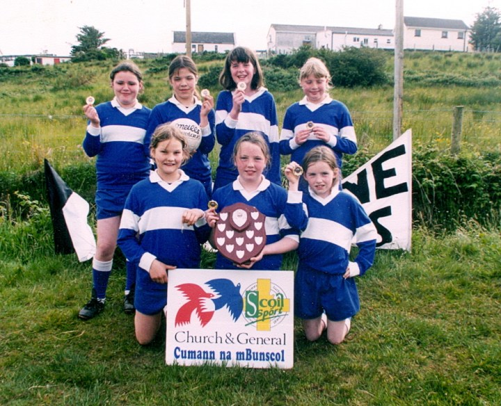 Lettergesh NS 2002 Cumann na mBunscol Regional Winners; Back Row  (L to R) Natasha Kane, Bernadette Fanning, Mary Louise Walsh and Mary Kane. Front Row (L to R) Kim Young, Mary Joyce and  Amanda McDonnell.